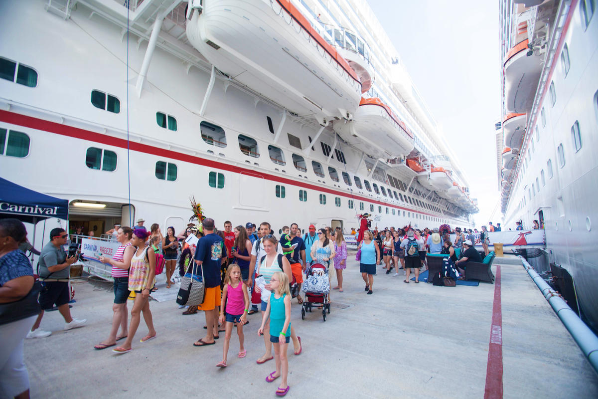 Hate Caribbean Cruise Crowds Avoid The Masses In Popular Ports