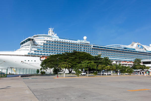 10 Travel Hacks That Will Make Getting to Your Cruise Ship a Breeze (Photo: Cruise Critic)