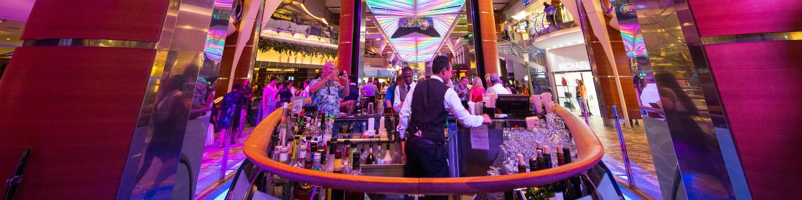 Rising Tide Bar on Oasis of the Seas (Photo: Cruise Critic)