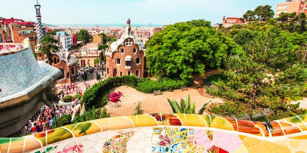Two Days in Barcelona Pre- or Post-Cruise (Photo: Vladitto/Shutterstock.com)
