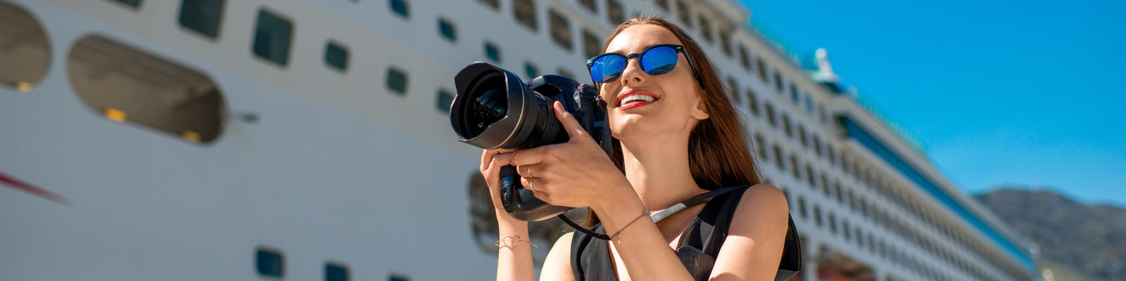 9 Tips for Taking Better Pictures on Your Next Cruise (Photo: RossHelen/Shutterstock.com)