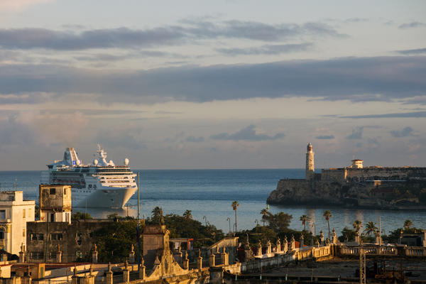 Empress on the Seas arriving in Cuba (Photo: Royal Caribbean International)