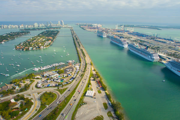 Cruise Ports Near Me: Find the Closest Homeport for No-Fly Cruises (Photo: Mia2you/Shutterstock.com)