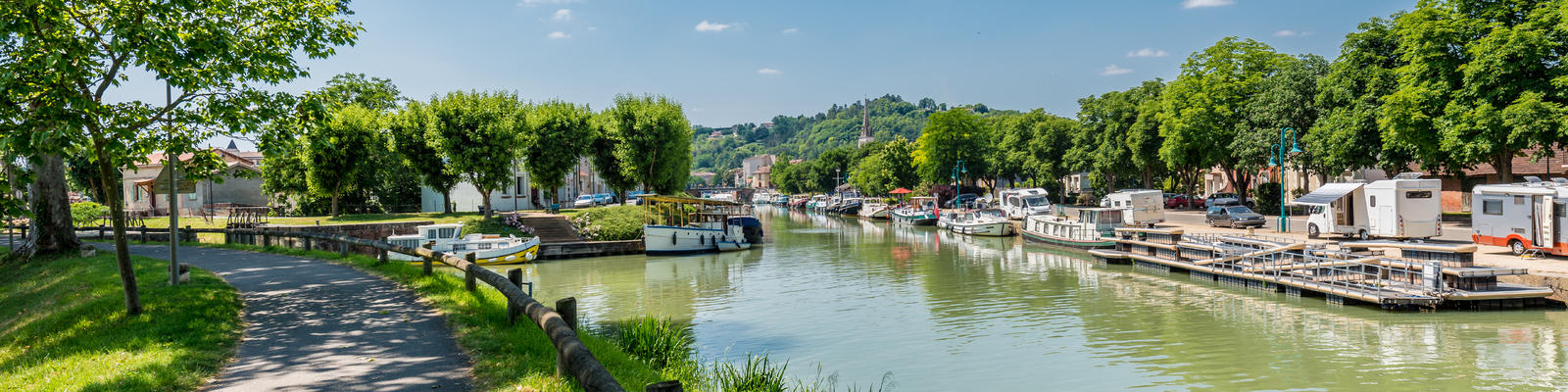 10 Reasons French Barge Cruises Are Picture-Perfect (Photo: Anibal Trejo/Shutterstock.com)