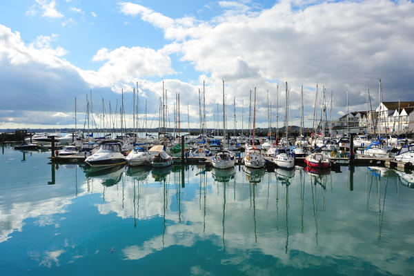 Yachts at a harbor in Southampton (Photo: skyearth/Shutterstock)