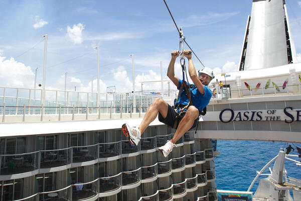 First-Timers' Guide to Onboard Activities (Photo: Royal Caribbean International)