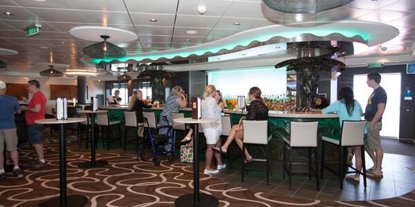 Sugarcane Mojito Bar on Norwegian Getaway (Photo: Cruise Critic)