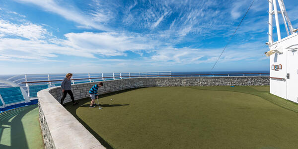 Mini Golf on Emerald Princess (Photo: Cruise Critic)