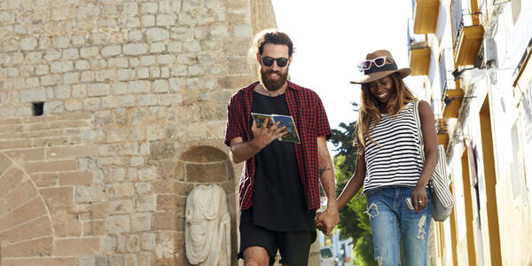 Will technology replace guidebooks?