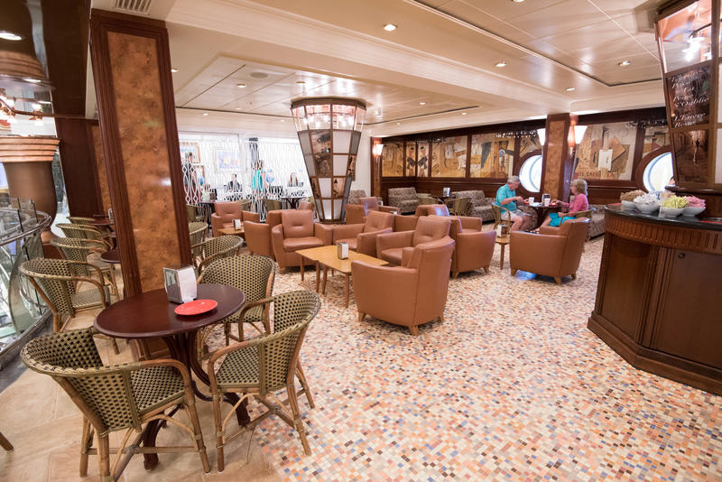 Cafe Promenade on Freedom of the Seas