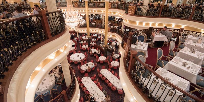 Leonardo's Dining Room on Freedom of the Seas (Photo: Cruise Critic)