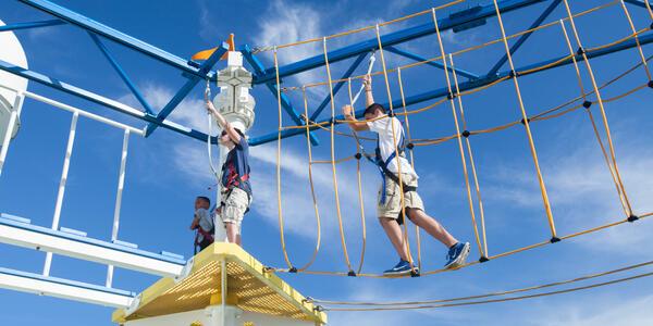 SportSquare on Carnival Breeze (Photo: Cruise Critic)