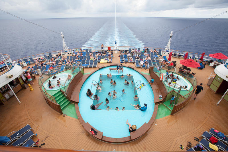 The Tides Pool on Carnival Breeze