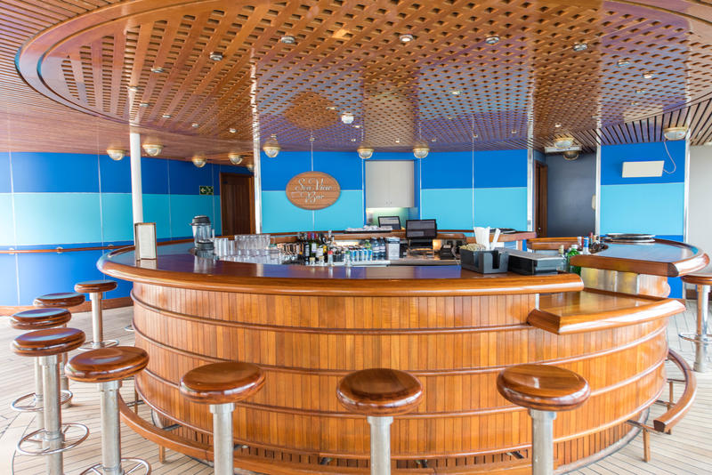Sea View Bar on Noordam