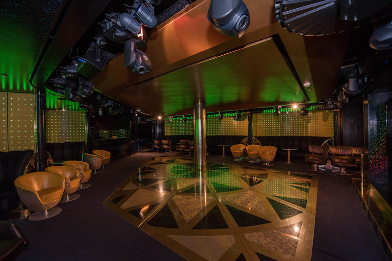 Northern Lights Nightclub on Noordam