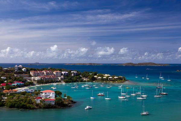 St. Thomas/St. John Beach Guide (Photo: Steve Heap/Shutterstock.com)