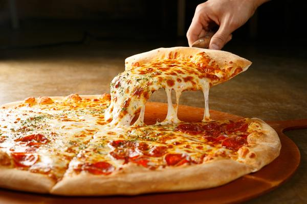 6 Best Pizza Shops on Cruise Ships (Photo: TMON/Shutterstock.com)