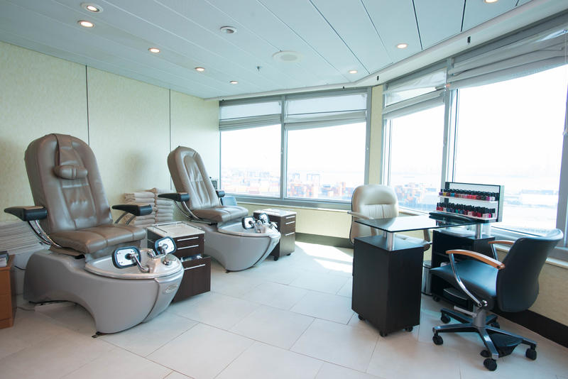 Beauty Salon on Celebrity Summit