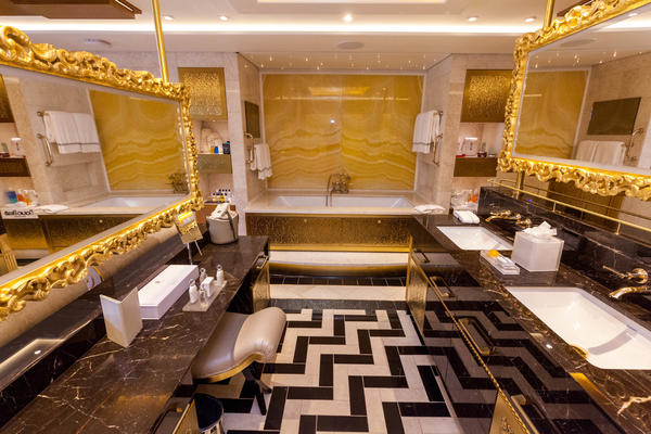 7 Best Cruise Ship Bathrooms (Photo: Cruise Critic)