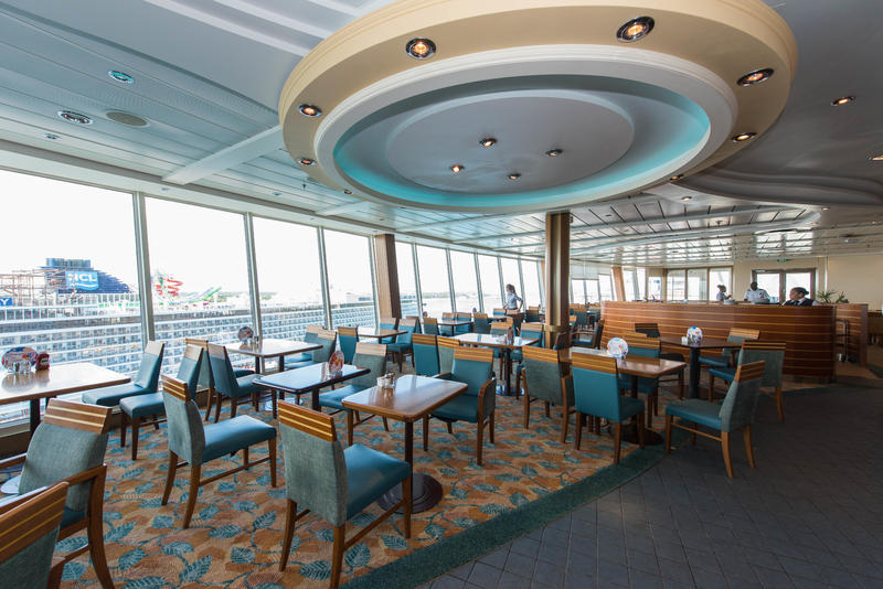 Windjammer Marketplace on Oasis of the Seas