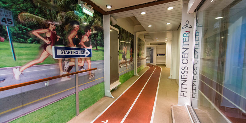 Jogging Track on Oasis of the Seas (Photo: Cruise Critic)