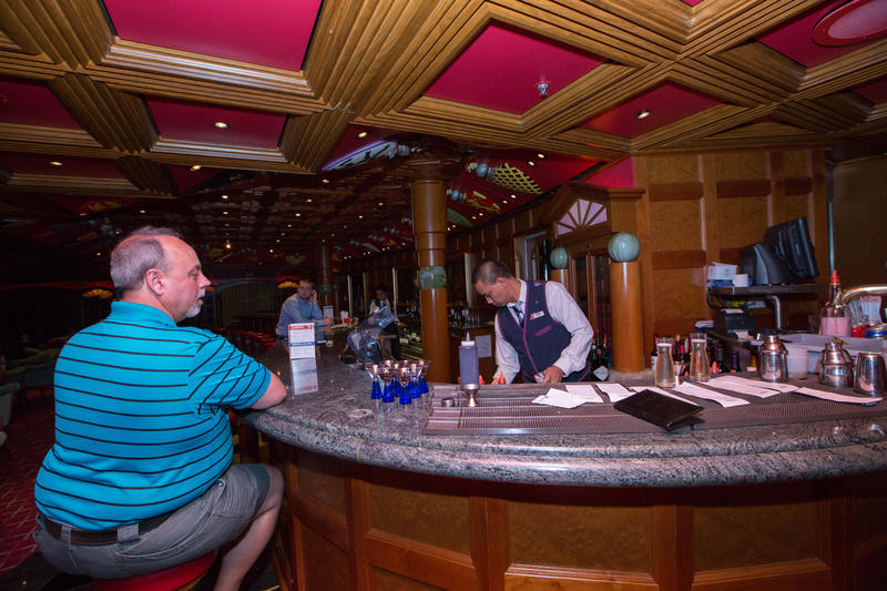 Oxford Bar on Carnival Triumph