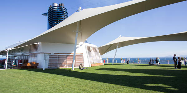 The Lawn Club on Celebrity Solstice (Photo: Cruise Critic)