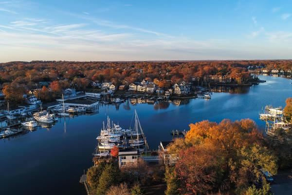 Chesapeake Bay Cruise Tips (Photo: Nicole S Glass/Shutterstock.com)