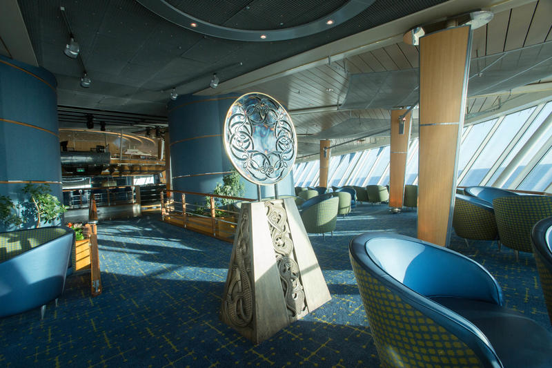 Viking Crown Lounge on Enchantment of the Seas