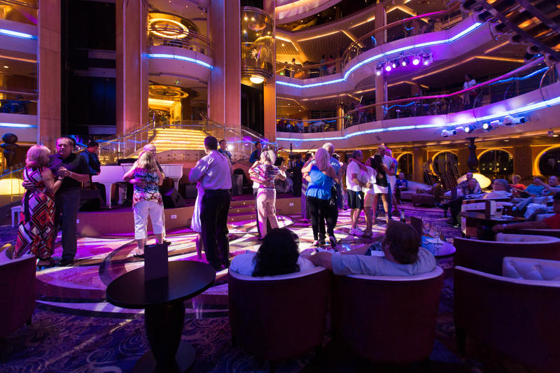 Dance Music with Rockport on Enchantment of the Seas
