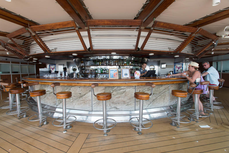 Pool Bars and Dining on Enchantment of the Seas