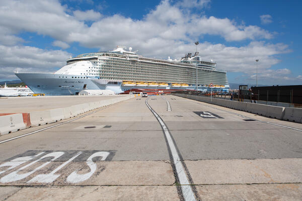 Ship Exterior on Allure of the Seas