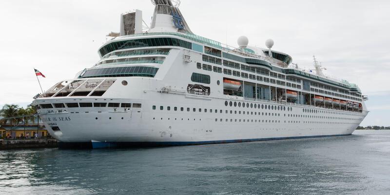 Exterior on Grandeur of the Seas
