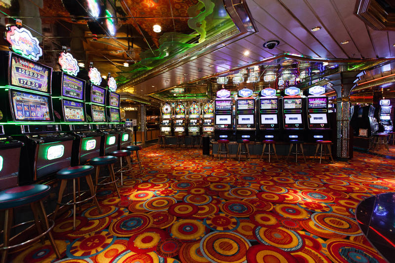 Royal caribbean grandeur of the seas casino gambling boat port richey fl