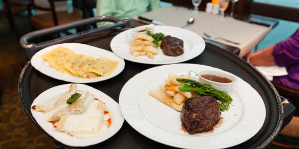 Giovanni's Table on Grandeur of the Seas (Photo: Cruise Critic)